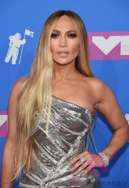 Jennifer Lopez's blonde