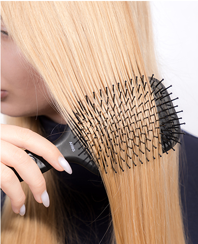 Brushing Blonde Hair Extensions Too Frequently