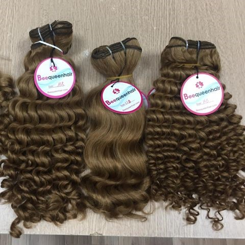 Hair Textures Of 18 Inch Sew In Curly Hair Extensions