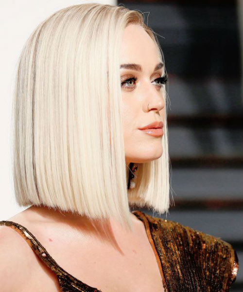 Katy Perry Platinum Blonde Blunt Cut