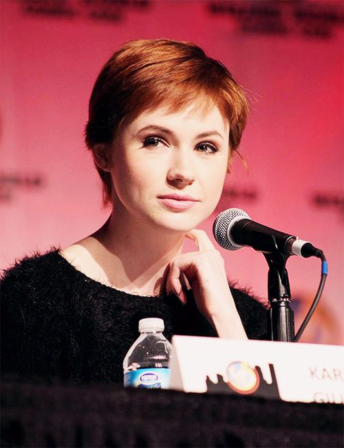 Karen Gillan Short Hair